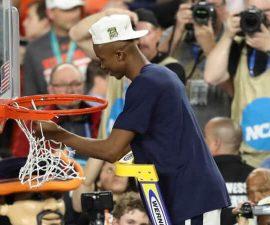 virginia basketball cutting down nets